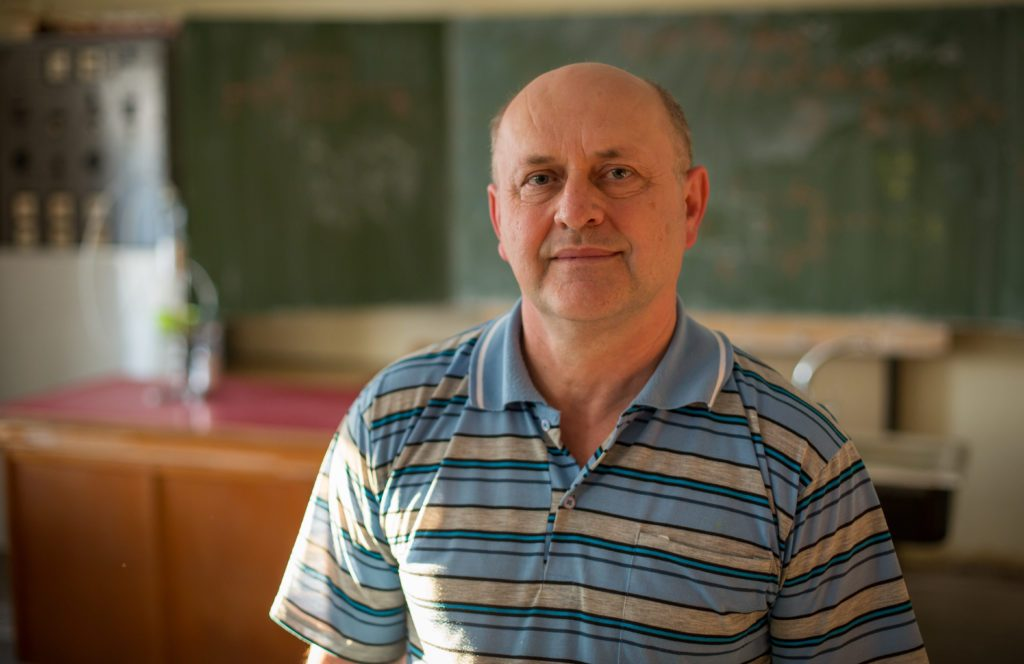 Jozef Smrek, lovec fyzikálnych talentov